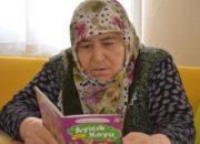 72 yaşında okuma yazmayı öğrendi