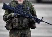 Almanya'da bir asker daha gözaltına alındı