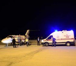 Ambulans uçak 15 yaşındaki Elife için havalandı