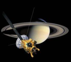 Cassini, ilk dalışını yaptı