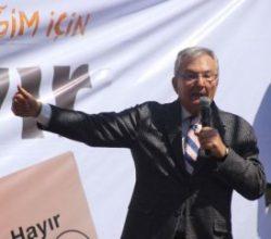 Deniz Baykal Antalya'da konuştu