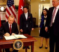 Erdoğan, Beyaz Saray şeref defterini imzaladı