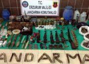 Erzurum'da PKK sığınaklarında ele geçirilenler