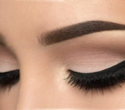 Eyeliner İle 4 Etkileyici Göz Makyajı Hilesi