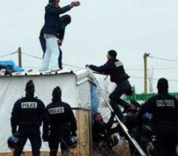 Fransa'da sığınmacılar kavga etti 11 yaralı