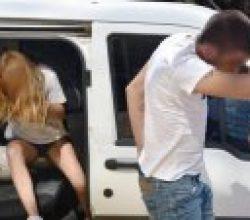 Antalya'da 'Hero' tişörtü giyen sevgililer gözaltında