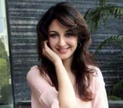 Hint oyuncu Saumya Tandon: İstanbul'da soyuldum