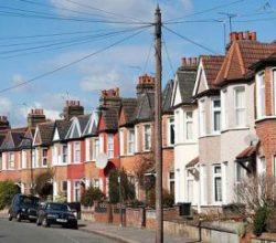 İngiltere'de inşaat sektörü ağustos ayında geriledi