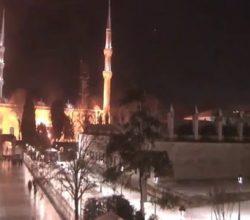 İstanbulda sokak kamerasına yansıyan inanılmaz ufolar!