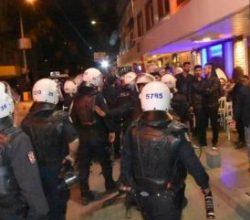 İzmir'de referandum protestosuna TOMA'lı müdahale