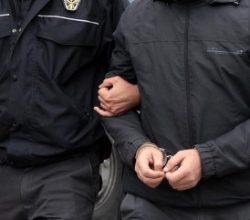 Manisa'da FETÖ operasyonu: 6 gözaltı