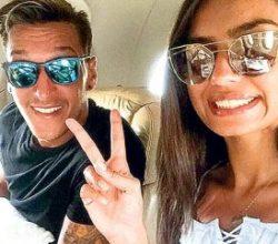 Mesut Özil'in hesabı hacklendi
