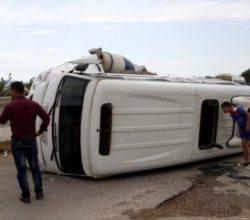 Muğla'da öğrenci servisi devrildi: 4 yaralı