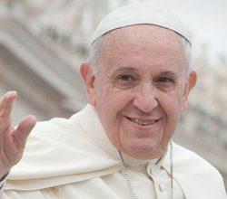 Papa'dan Avrupa'ya: Mültecilere kapıları açın