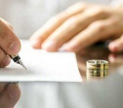 Rus milyarder boşandığı karısına 583 milyon dolar ödeyecek