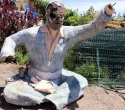 Şanlıurfa'da Şivan Perwer heykeli kırıldı