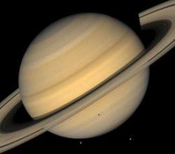 Satürn'ün halkaları yıldan yıla kayboluyor