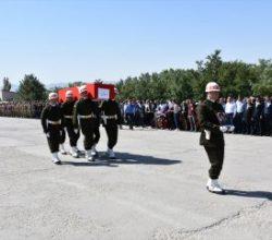 Şırnak'ta şehit edilen korucu son yolculuğuna uğurlandı