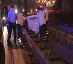TEM'de araba çarpan adam hayatını kaybetti