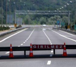 TEM otoyolunun Bolu Dağı geçişi trafiğe kapatıldı