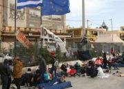 Yunanistan'daki göçmen kampında 40 kişi yemekten zehirlendi