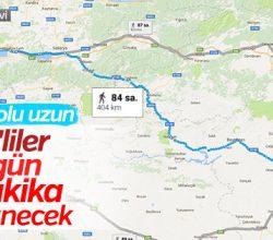 Yürüyüşe başlayan CHP'lilerden düşünme eylemi